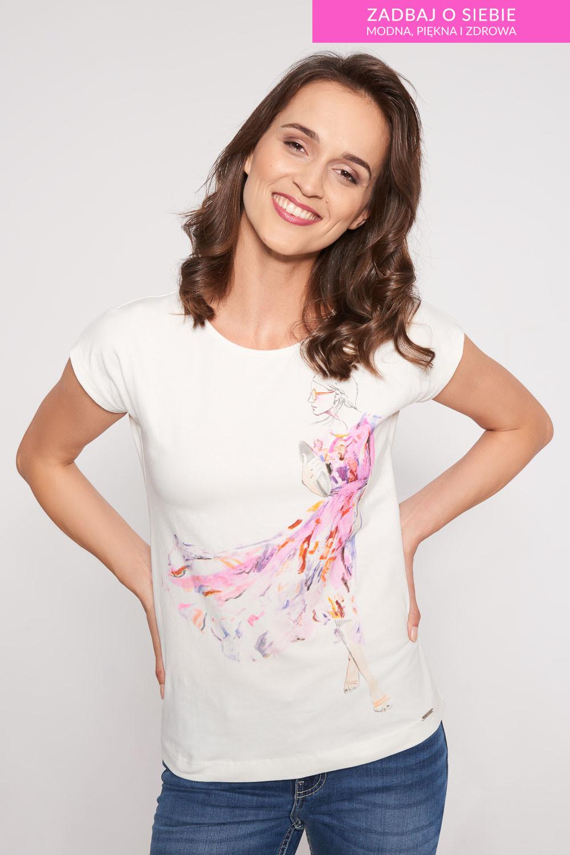 Biała bluzka z motywem kobiety