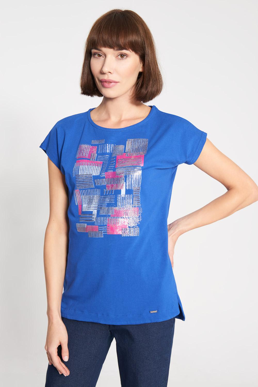 Niebieska bluzka z różowym wzorem