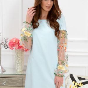 Sukienka Ingrid haftowane rękawy błękitna Rozmiar: M