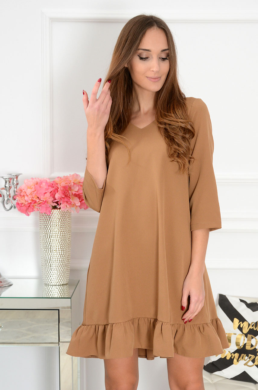 Sukienka trapezowa z falbanką Darla kamel Rozmiar: XL