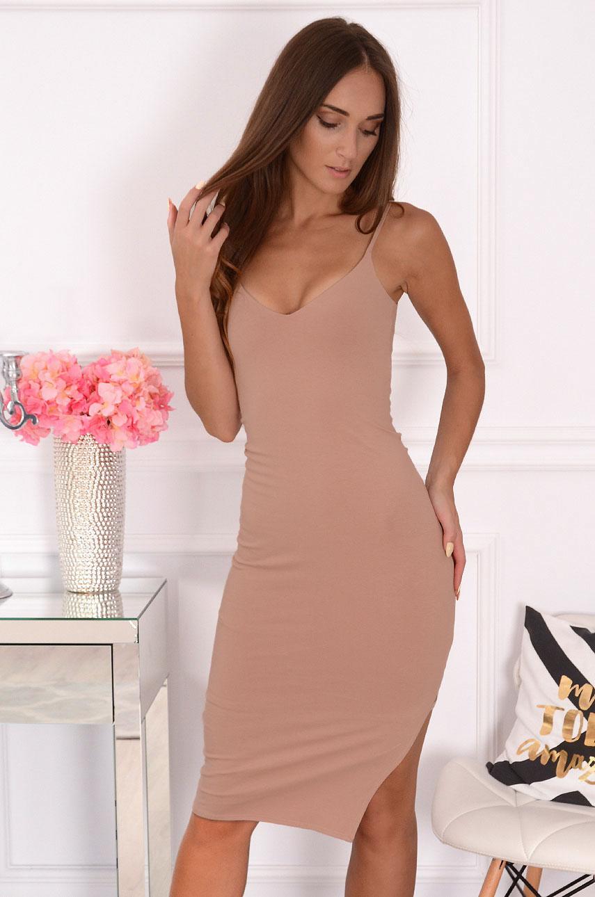 Sukienka tuba na ramiączkach pudrowa Femeni Rozmiar: M