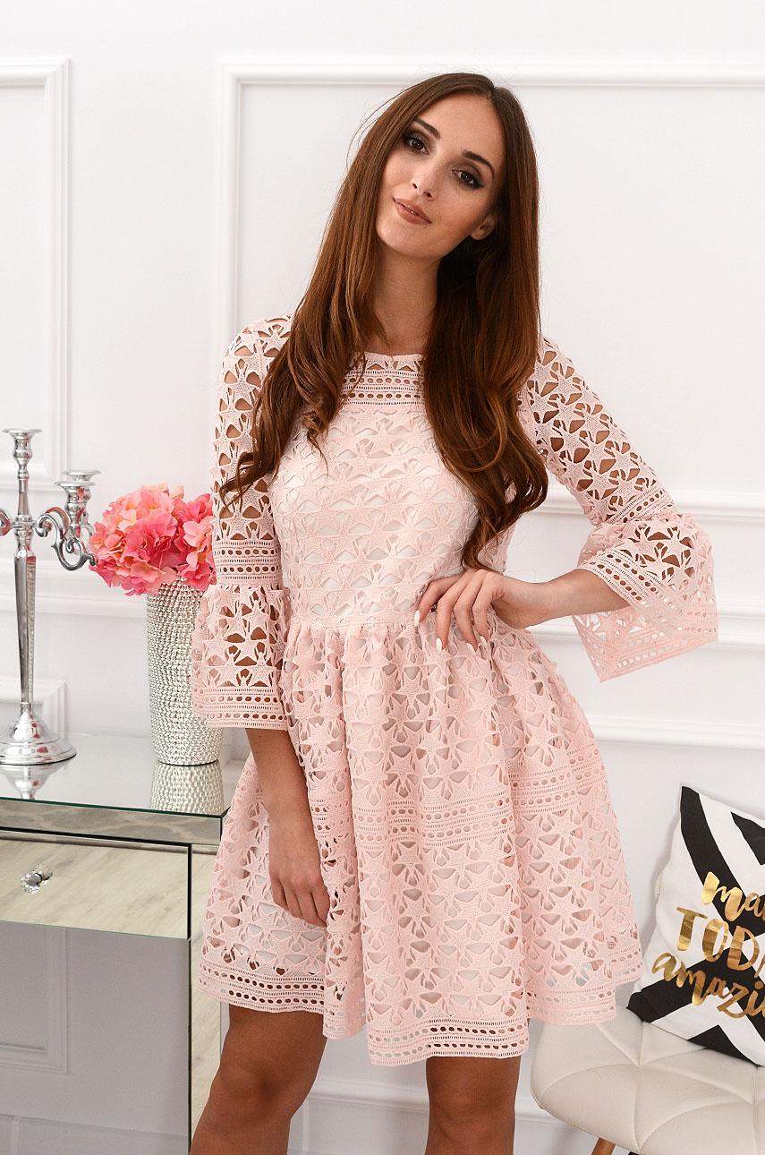 Sukienka z grubej koronki Odilla pudrowy róż Rozmiar: M