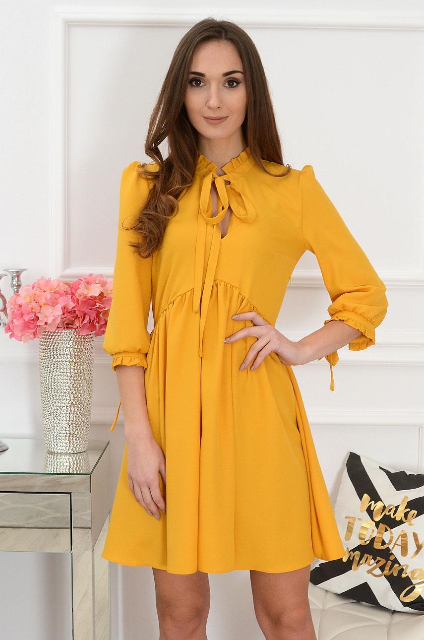 Sukienka z ozdobną stójką musztardowa Marsha Rozmiar: S